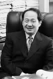...是湖南最早一批享受国务院津贴优秀专家.创办了《快乐大本营...
