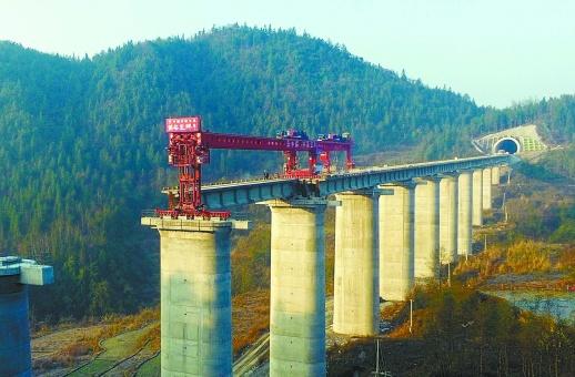 黔张常铁路预计2019年建成通车 新湖南www.hunanabc.com