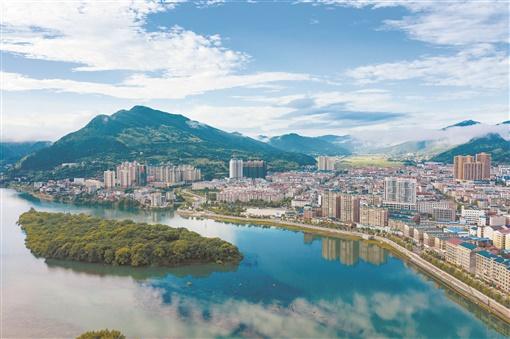 双牌县:青山绿水换新颜