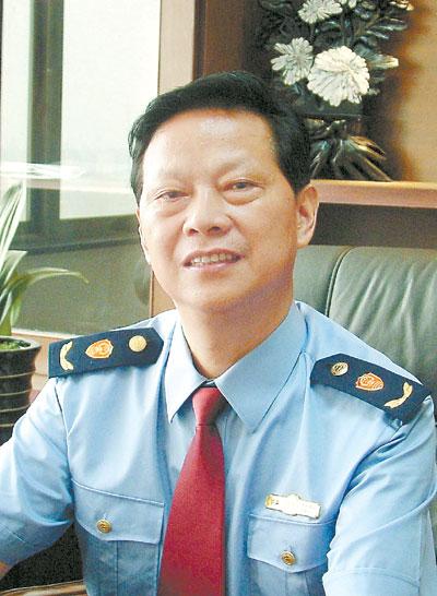 刘国湘:省工商局局长